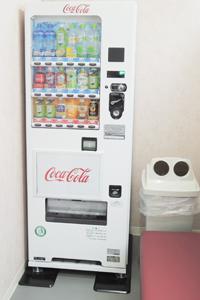 3階待合室自動販売機